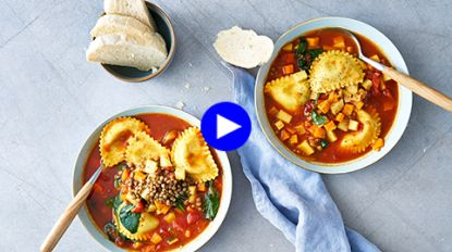 Dit is de hartigste soep voor de koudste winterdag (mét mezzelune!)