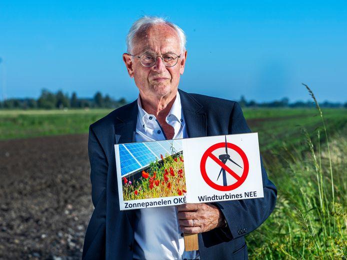 Pieter van Veenen, lid van de belangengroep die tegen windmolens strijdt in de polders Rijnenburg en Reijerscop.
