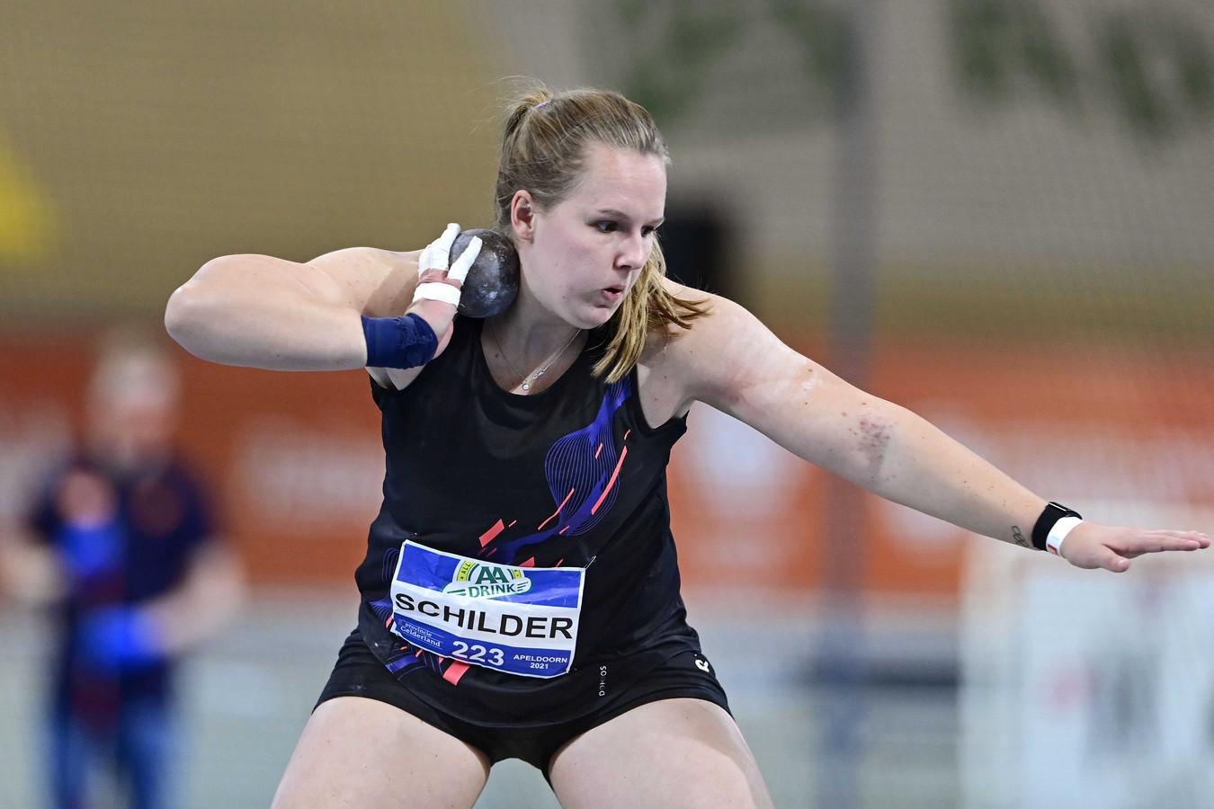 Kogelstootster Jessica Schilder tijdens de Nederlandse kampioenschappen (NK) atletiek.