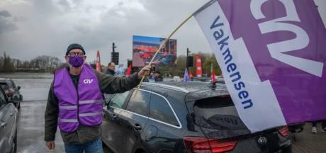 Stakende trucker in Zevenbergschen Hoek: 'Ik doe mijn werk hartstikke graag, maar fysiek beginnen de jaren te tellen'