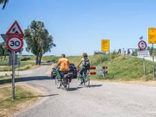 'Geef gratis busabonnement vanwege afsluiting Spuiweg'