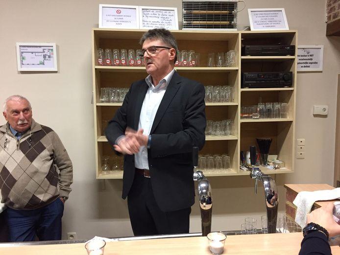 Eerste nieuwjaarsreceptie van Leon Lowet, de nieuwe burgemeester van Herstappe. Hierin doet hij een oproep voor eenheid in de kleinste gemeente van het land.