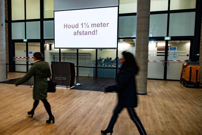 PR dgfoto Gelderlander Nijmegen: Coronatestcentrum voor medewerkers Radboudumc.