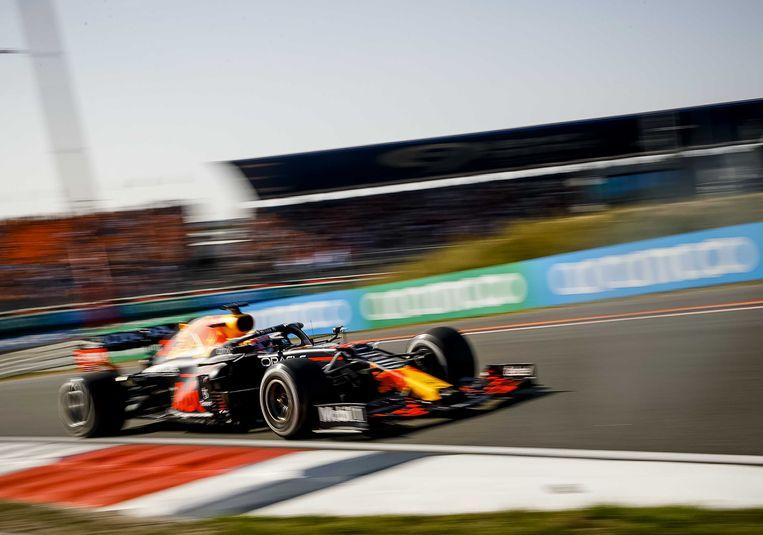 Max Verstappen (Red Bull Racing) tijdens de Dutch Grand Prix op het circuit van Zandvoort. ANP REMKO DE WAAL Beeld ANP
