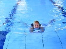 Miriam heeft borstkanker maar zwemt toch twee kilometer bij Swim to Fight Cancer Breda