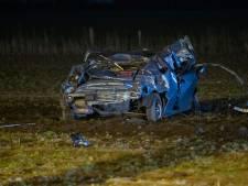 Arnhemmer crasht in weiland op vlucht voor politie en belt niet 112 voor zwaargewonde vriendin, maar appt zijn ouders