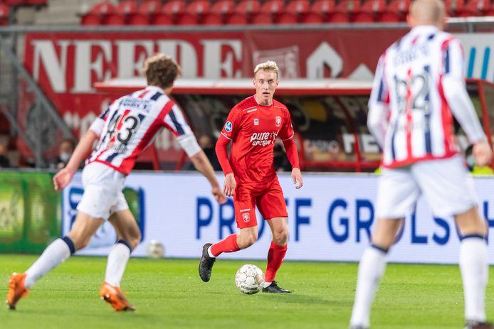 Casper Staring vorig seizoen in actie tegen Willem II.