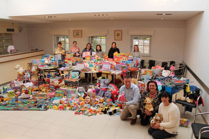 De speelgoedinzamelactie van 't Berenhuisje en het Huis van het Kind in Meulebeke was een groot succes.