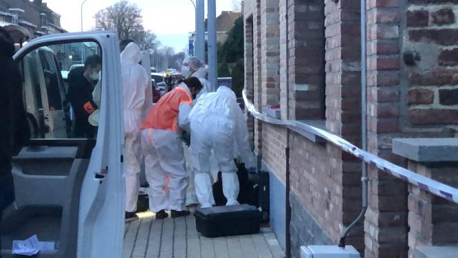 """73-jarige vrouw in levensgevaar nadat ze thuis wordt neergestoken, buurvrouw (42) opgepakt: """"Maggy is zo'n lieve vrouw, wie zou haar zoiets kunnen aandoen?"""