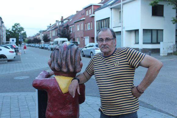 Ronny Jacobs van café Den Hoek kaartte de situatie al eerder aan bij het stadsbestuur