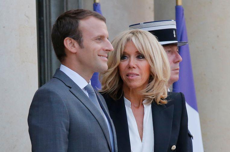 Frans president Emmanuel Macron en zijn vrouw Brigitte. Beeld ap