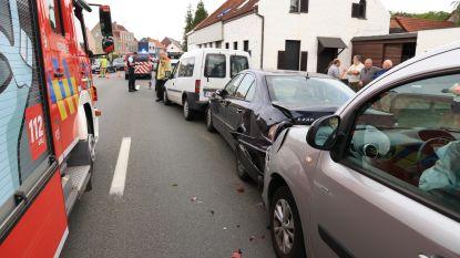 Drie gewonden bij kop-staartaanrijding in Trompstraat