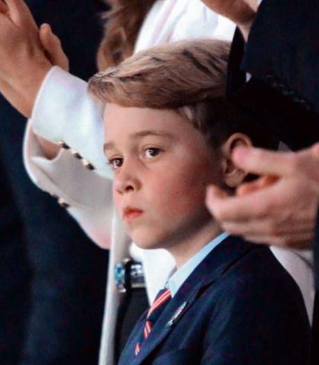 Après l'euphorie, la tristesse: les images déchirantes du prince George face à la défaite des Anglais