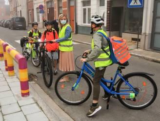 Leerlingen volgen oproep om te voet, met de fiets of step naar school te komen massaal op