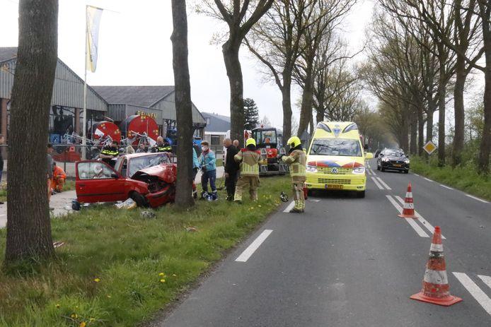 Hulpverleners bij het ongeluk in Siebengewald.