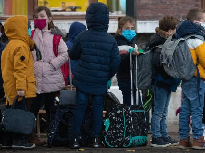 """Vandaag opnieuw onderwijsoverleg: """"Verplicht mondmaskers in lagere school"""""""
