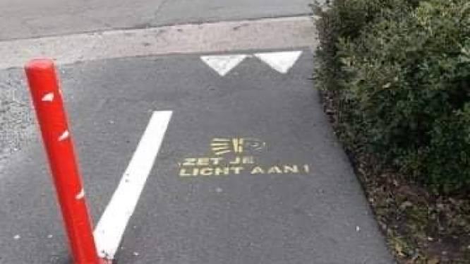Donkere dagen zijn in aantocht: gemeente waarschuwt om fietsverlichting te gebruiken