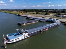 'Gifschepen' deze week van Lelystad naar Kampen om eindelijk te worden gelost