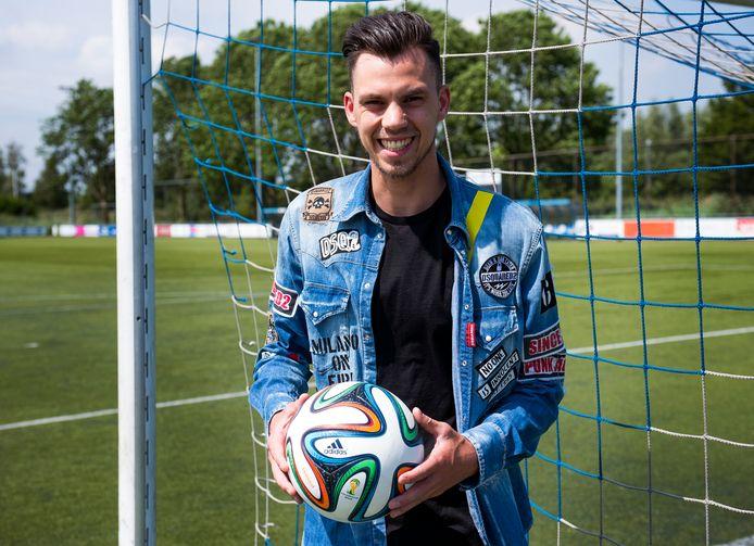 Voetballer Amman Nadzak is de neuwe aanwinst van Alphense Boys.
