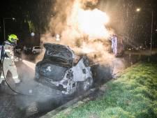 Ondanks aanhouding weer een autobrand in Arnhem
