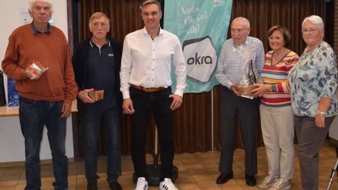 Belottersclub Okra zet kampioenen in de bloemetjes tijdens unieke viering