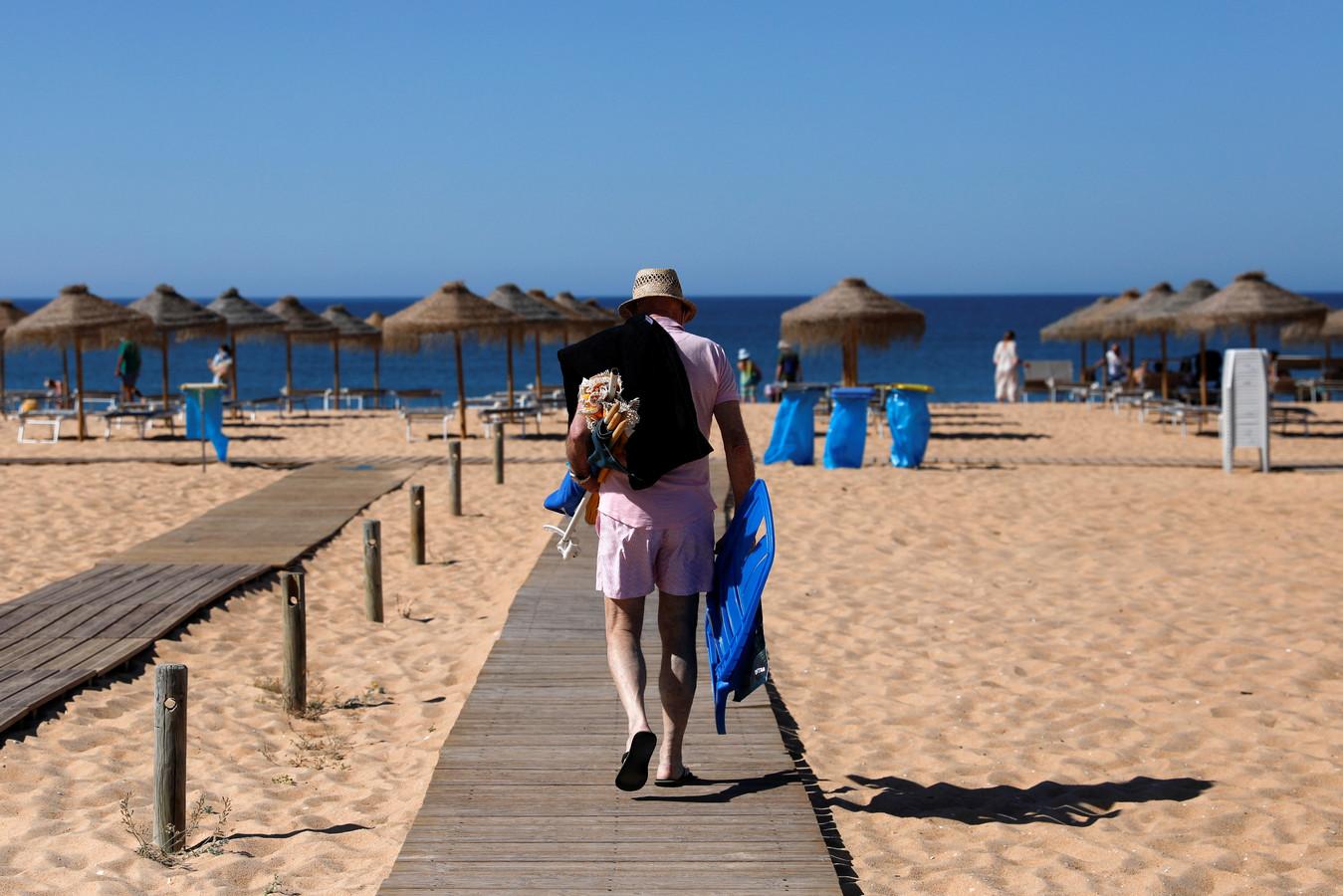 La plage de Vilamoura, à Quarteira, en Algarve.