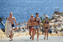 Toeristen aan het strand van Sharm-el-Sheikh