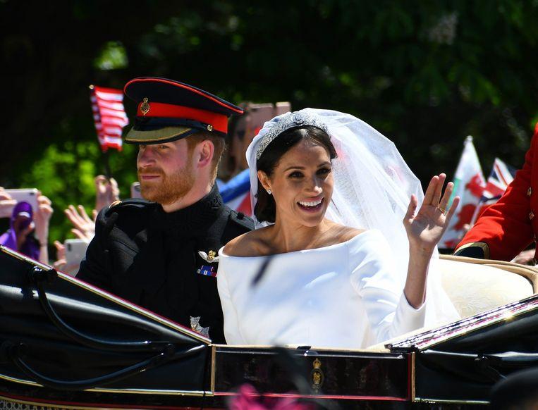 sociale media vind bruid enorme borsten