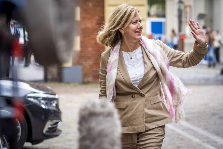 Demissionar minister Cora van Nieuwenhuizen komt vrijdag aan op het Binnenhof voor de wekelijkse ministerraad.   Beeld ANP
