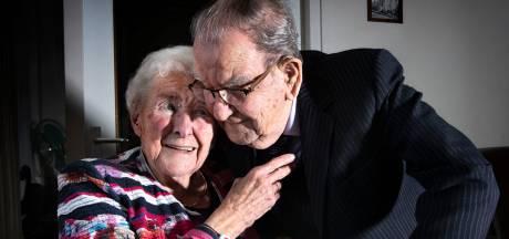 Platina bruidspaar Winckens in Helmond: al zeventig jaar een dagelijks knuffel