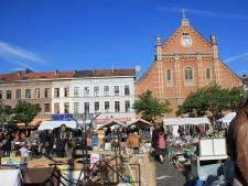 """Les brocanteurs du marché de la Place du Jeu s'énervent: """"Il faut sortir de cette psychose collective"""""""