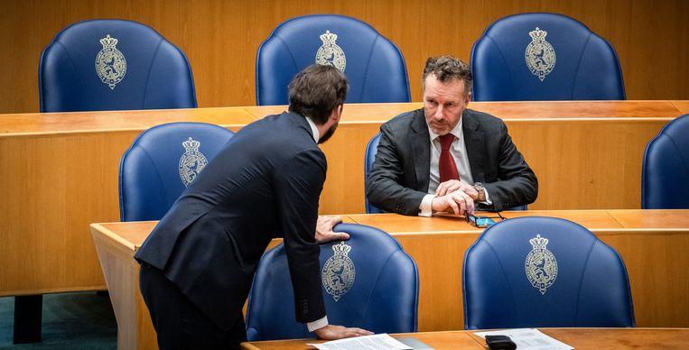 Thierry Baudet en Wybren van Haga woensdag in de Tweede Kamer. Beeld Freek van den Bergh / de Volkskrant