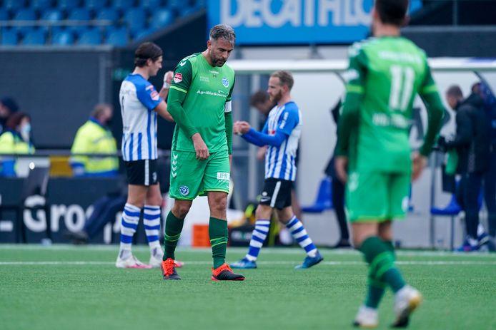 De Graafschap-aanvoerder Ralf Seuntjens baalt na de nederlaag bij FC Eindhoven.