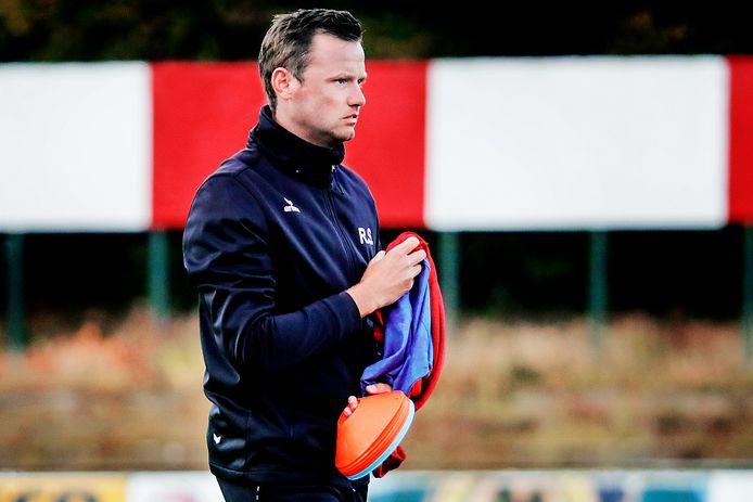 Trainer Roel Sucaet hoopt dat er eind juni gestreden kan worden om de Beker van Oost-Vlaanderen.