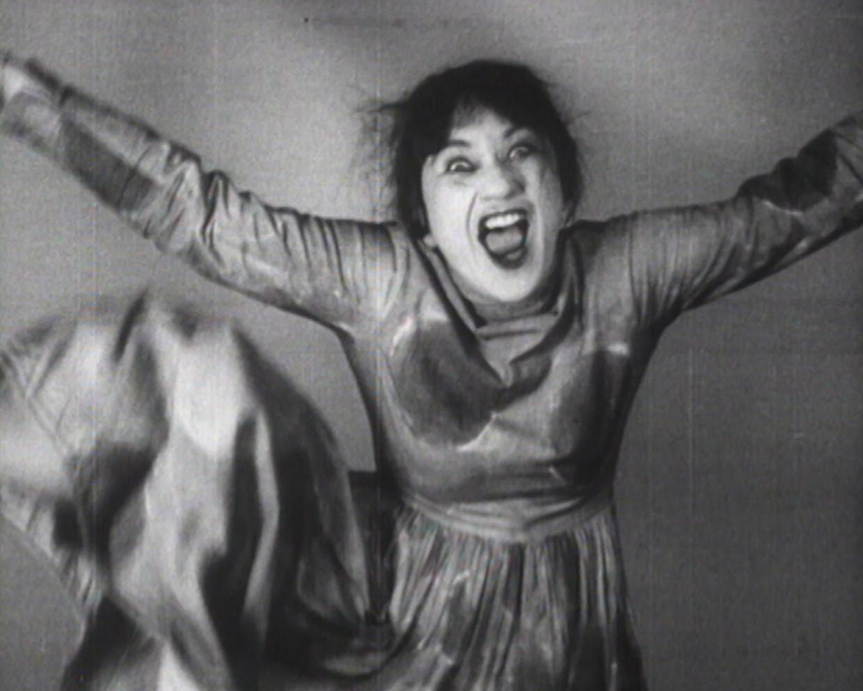 In Bozar verwelkomt Valeska Gert je met haar 'Tänzerische Pantomimen'. Ze was een ophefmakende danseres. Ze danste de dood, ze danste bezetenheid, ze danste auto-ongelukken en zelfs orgasmes. Beeld Centre national de la danse CN D