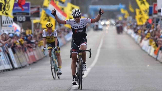 "Cancellara laat Sagan wegrijden: ""Aandacht één seconde verslapt"""
