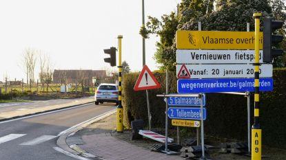 Kleine week hinder door vernieuwen van betonnen fietspad in Repingestraat