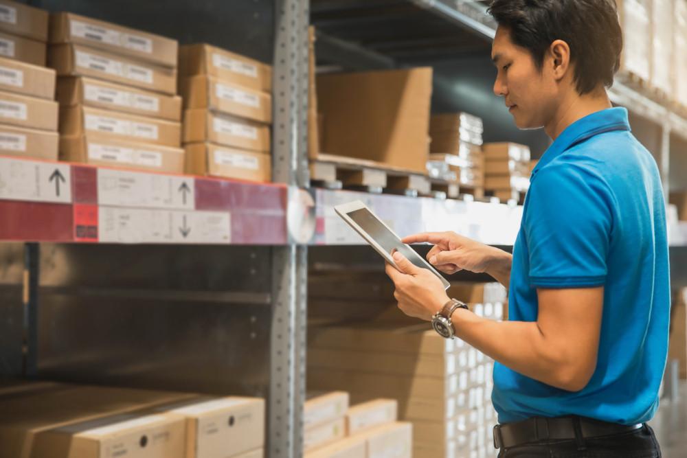 Foto ter illustratie. De groei aan online bestellingen biedt kansen in de sector transport en logistiek.