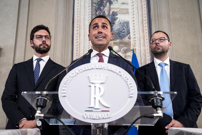 Vice-premier, minister van Werkgelegenheid én M5S-leider Luigi Di Maio na zijn ontmoeting met de Italiaanse president Sergio Mattarella in de eerste ronde van politieke consultaties na het aftreden van premier Giuseppe Conte, eergisteren.