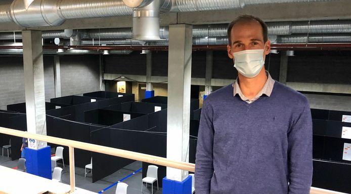 De vaccinaties in fuifzaal Bevegemse Vijvers worden gevoelig opgedreven.