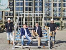 Stalen supertrap Rotterdam komt maandag van de grond