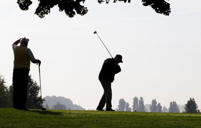 De luxe zorgwoningen komen pal naast gofbaan The Dutch. 'De mogelijkheid om te golfen is dan ook aanwezig', staat in het plan. Foto ter illustratie.