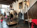 In museum de Heksenwaag in Oudewater kun je je ook nu laten wegen op de weegschaal uit 1482.