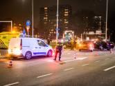 Drie auto's botsen op elkaar op drukke kruising  Kennedylaan Eindhoven
