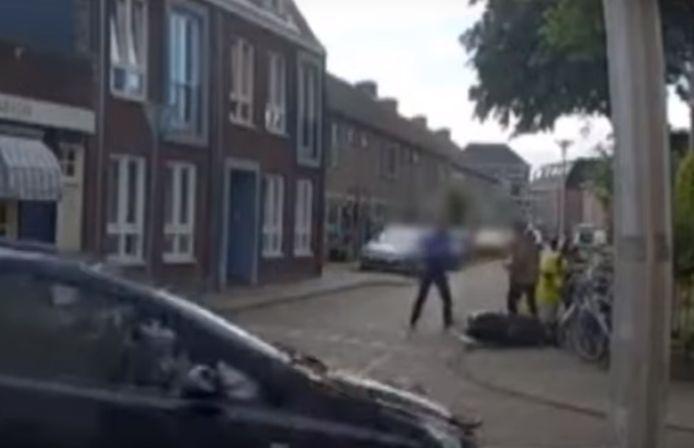 Een verkeersruzie liep compleet uit de hand in de wijk Assendorp in Zwolle.