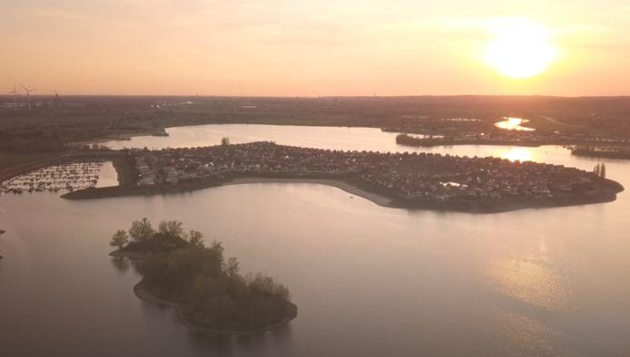 Een screenshot uit de film 'Giesbeek van boven'.