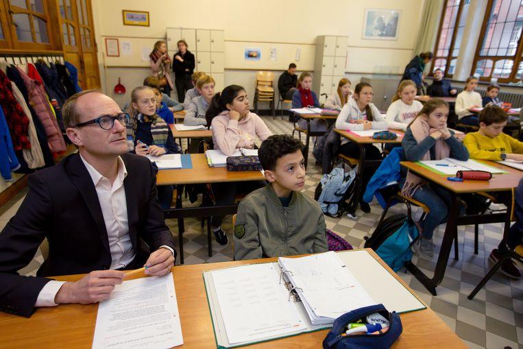 'In de coronacrisis had Ben Weyts maar één mantra: de scholen moesten openblijven. Hij is populair bij ouders, maar veel leerkrachten voelden zich in de steek gelaten.' Beeld BELGA