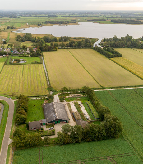 Gemeente koopt 'verbindende' grond tussen Giethoorn-Noord en Zuid