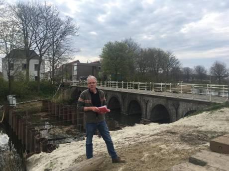 Duikers onderzoeken fundering Zuidwellebrug: restauratie Rijksmonument begint bijna