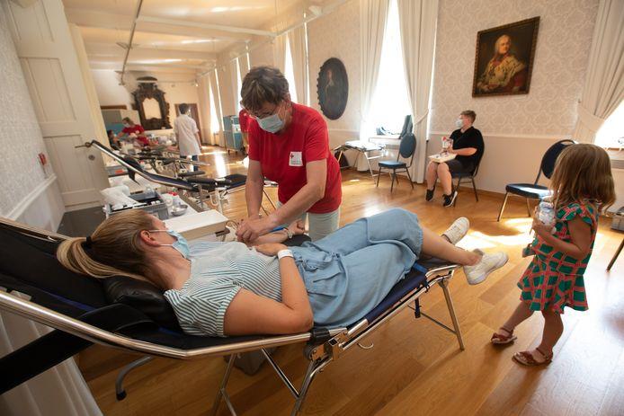 Het Rode Kruis organiseerde vandaag een bloedinzamelactie in het kasteel van Alden Biesen.